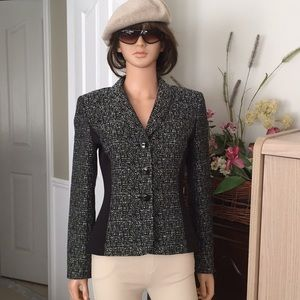 Tahari black and white blazer